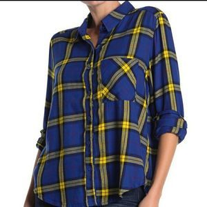 Abound plaid button down long sleeve shirt
